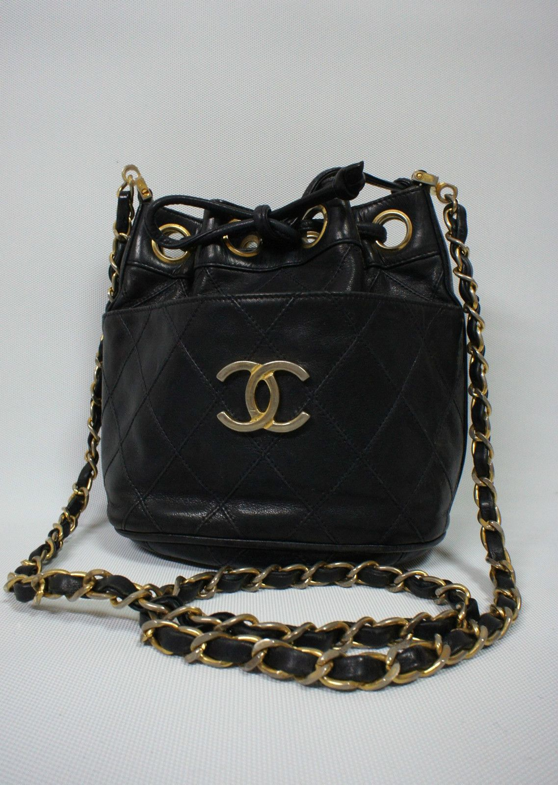 Chanel Vintage Velvet Pearl Gripoix Crossbody Evening Bag Lovely Fabric And Styling By Coco Chanel Chanel Handbags Evening Bags Vintage Chanel