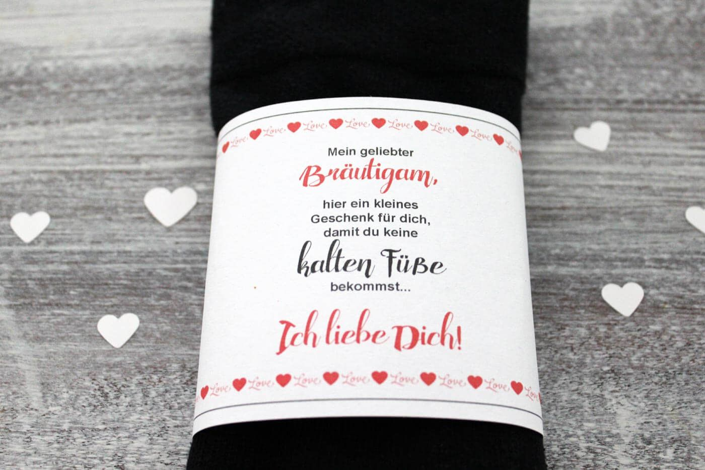 Diy Brautigam Socken Gegen Kalte Fusse Banderole Gratis Zum Ausdrucken Brautigam Socken Geschenke Zur Verlobung Brautigam