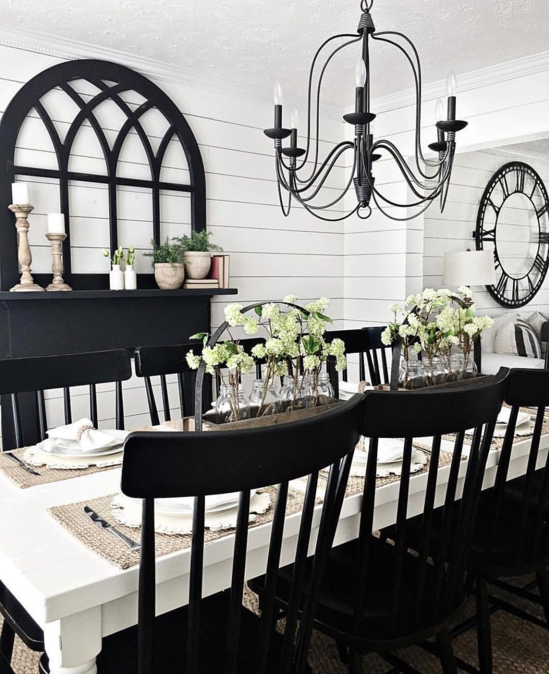46 Popular Farmhouse Dining Room Design Ideas Trend 2019: Joanna Gaines Wannabe In 2019