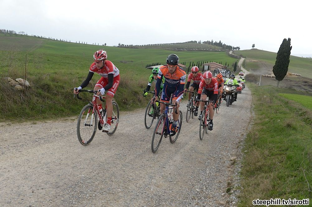 2016 strade-bianche photos page-02