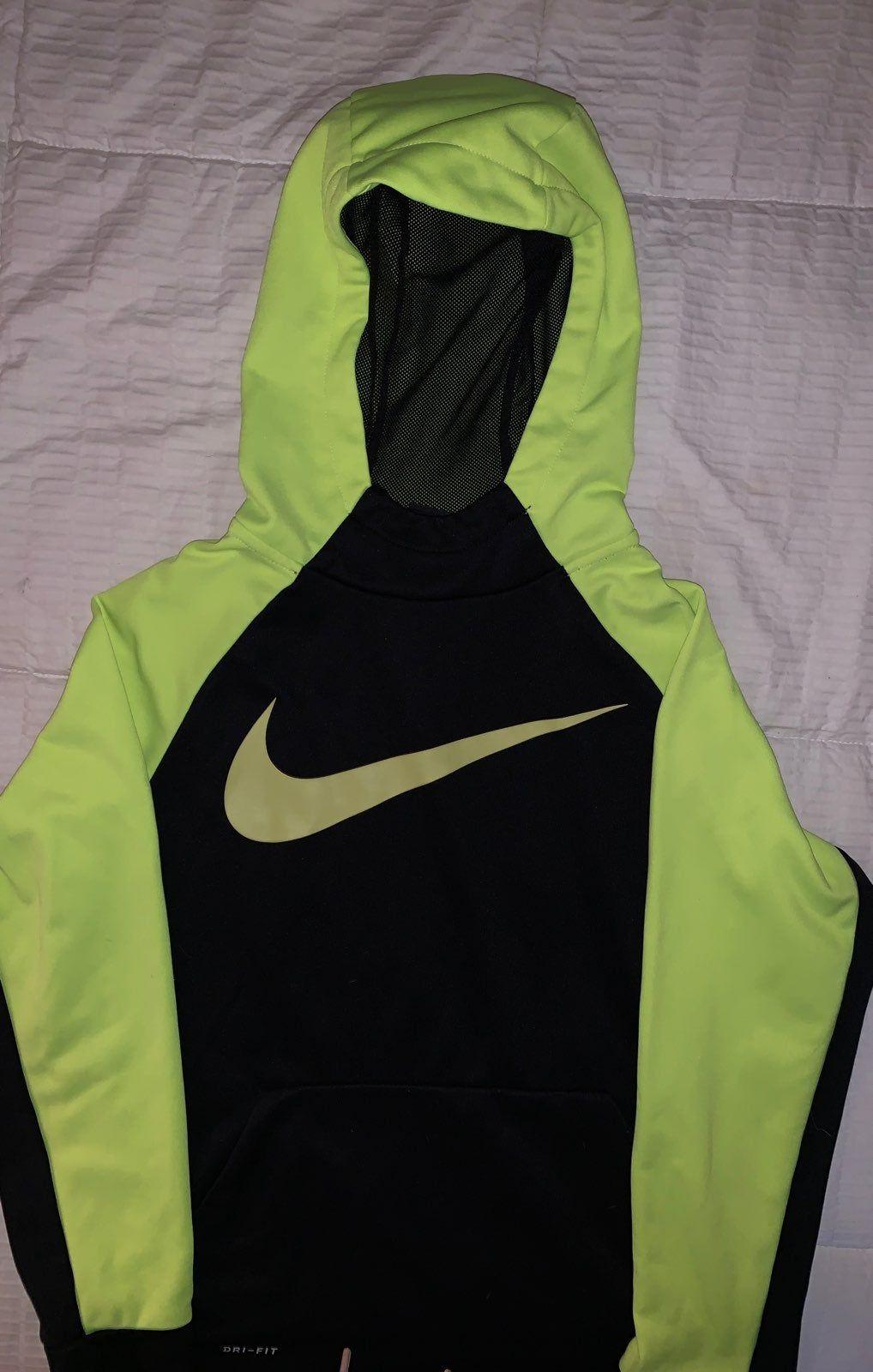 Nike Dri Fit Hoodie Bright Yellow And Black Youth Large Hoodies Nike Dri Fit Hoodie Nike [ 1600 x 1018 Pixel ]