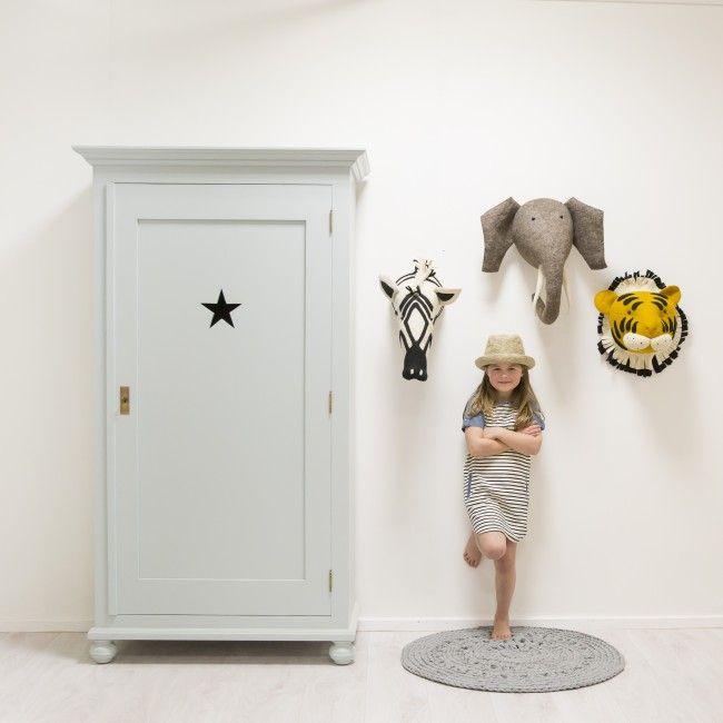 scandi-chic dierenkop & kast kinderkamer in stijl | via, Deco ideeën