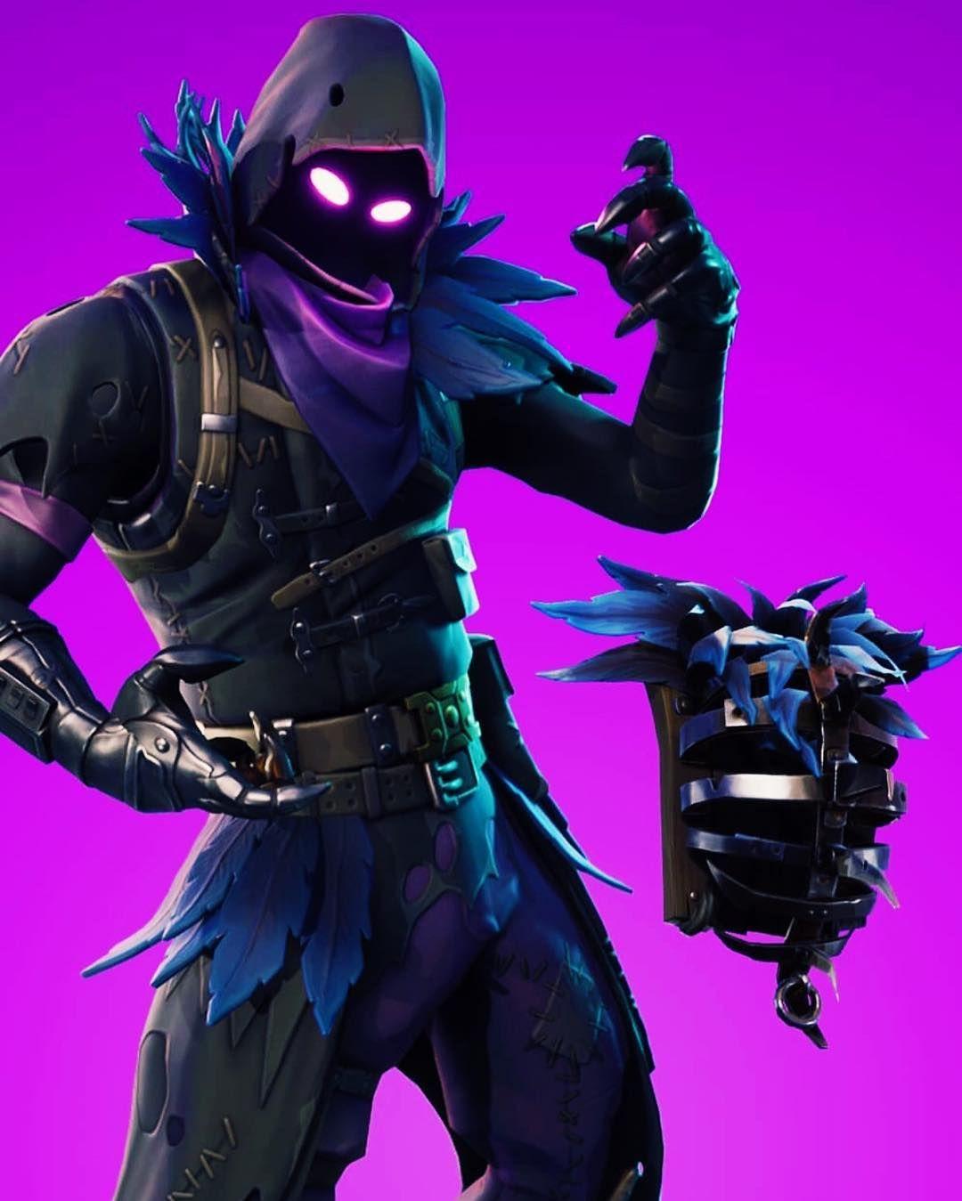 Who else loves the Raven skin gaming fortnite