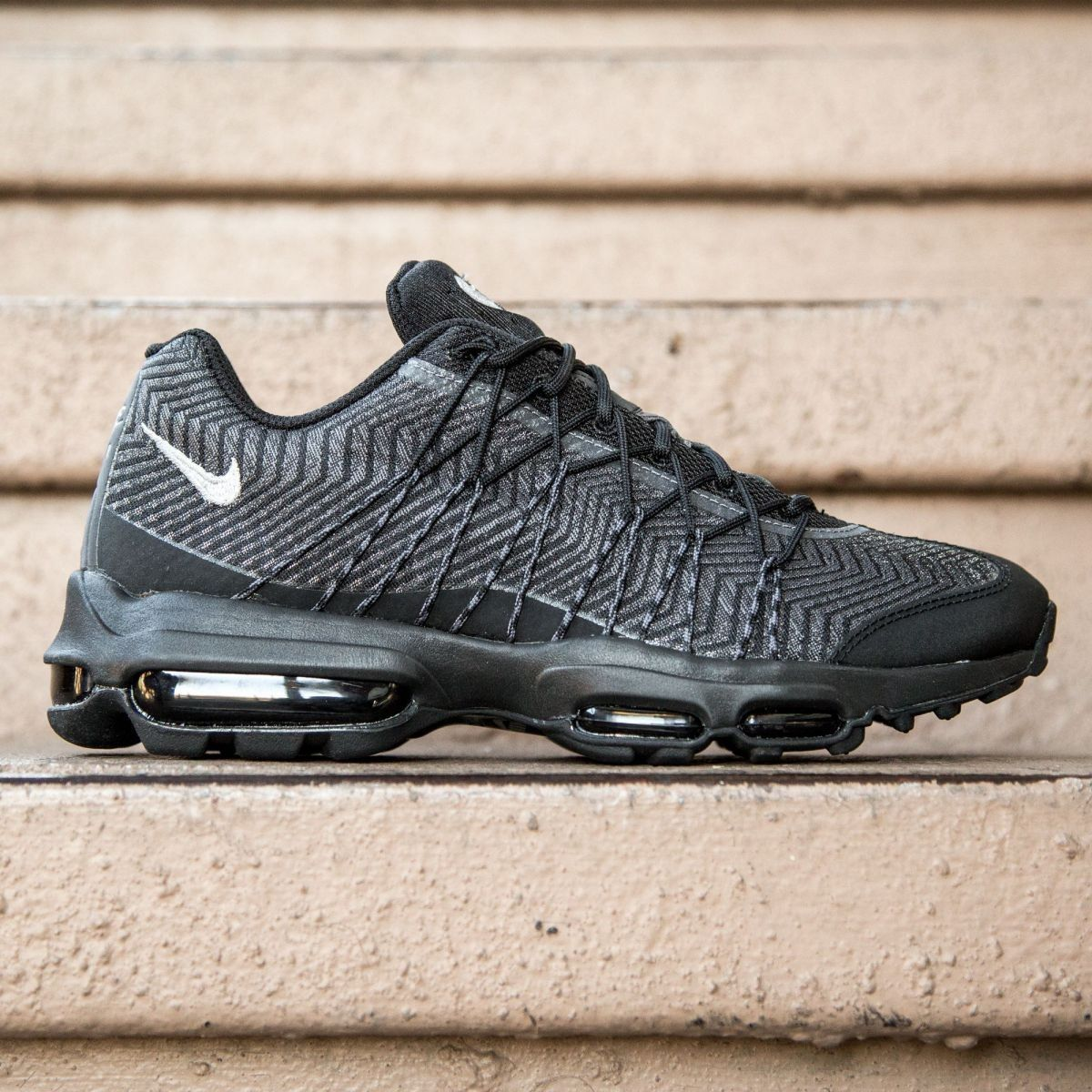 lowest price be7f9 a7f44 Nike Men Air Max 95 Ultra JCRD (black   silver   dark grey   white)