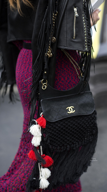 Chanel bag  Purely Inspiration Sac Moschino, Chaussures De Rue Style, Sacs  Fendi, f1641cb843d