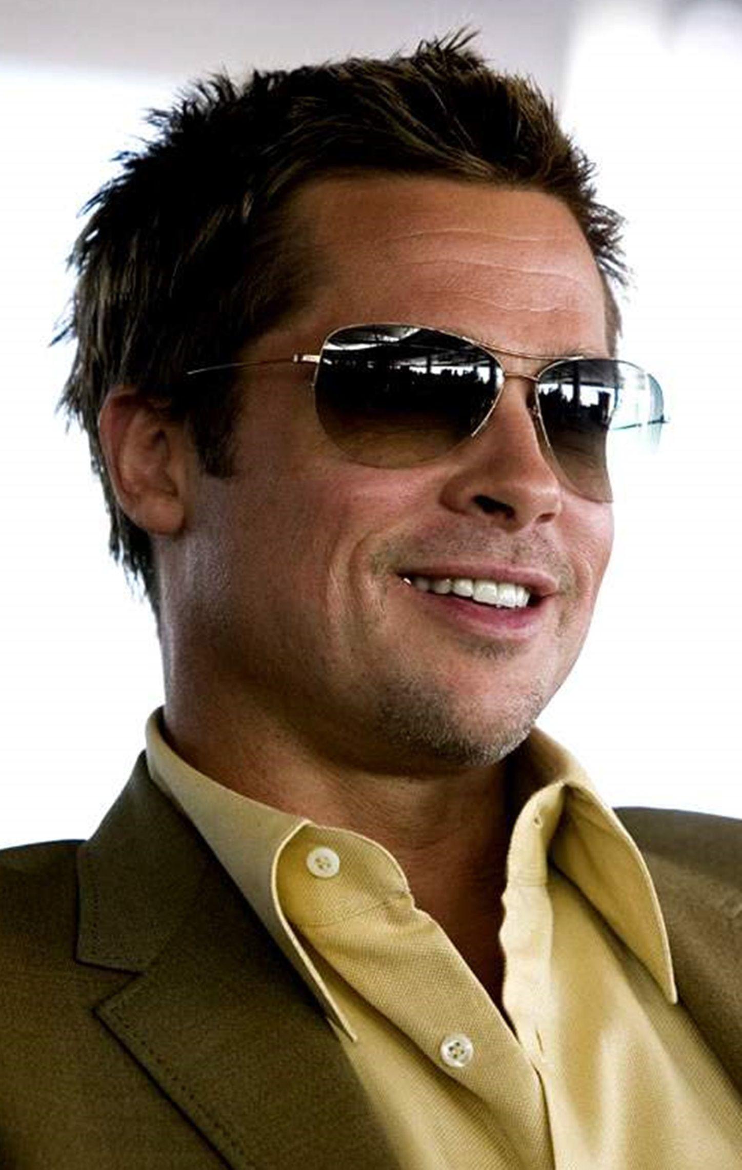 0722687033a7c Brad Pitt