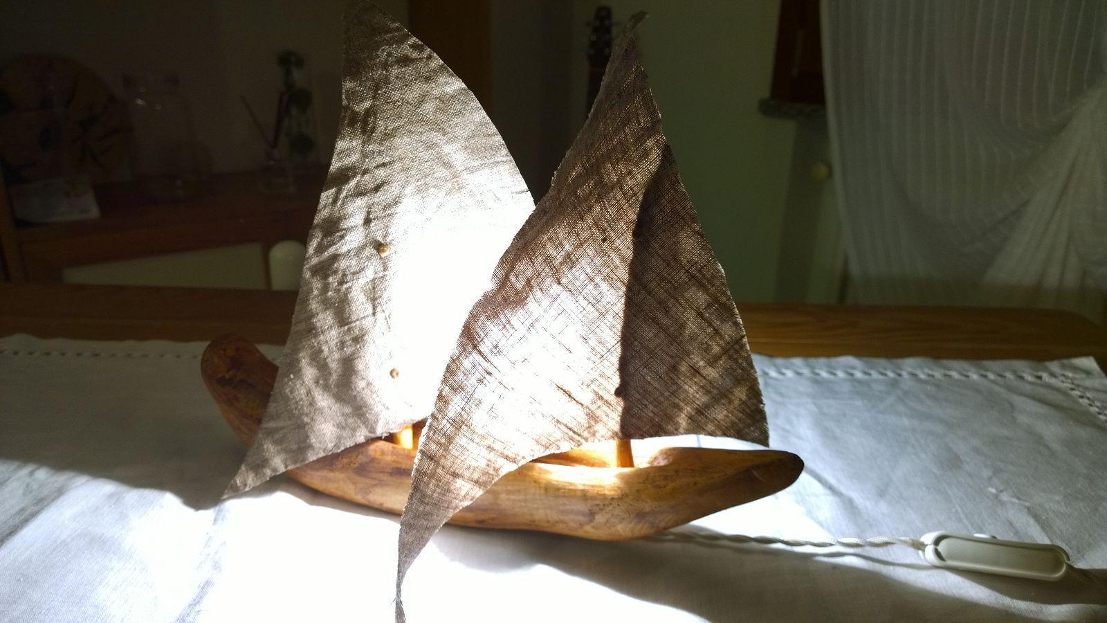 Lampade In Legno Di Mare : Lampade con legni di mare e oro di lusso boutique sardinia