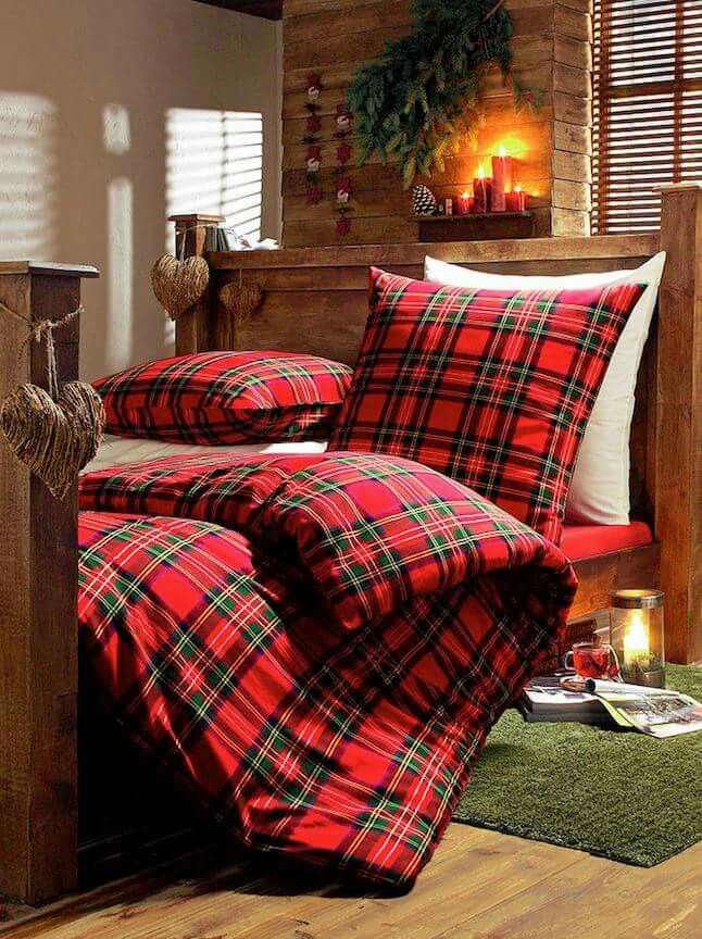 Romantic Red Bedroom Ideas: Pin By Cathy Navitsky -A Romantic Lif On Plaid!