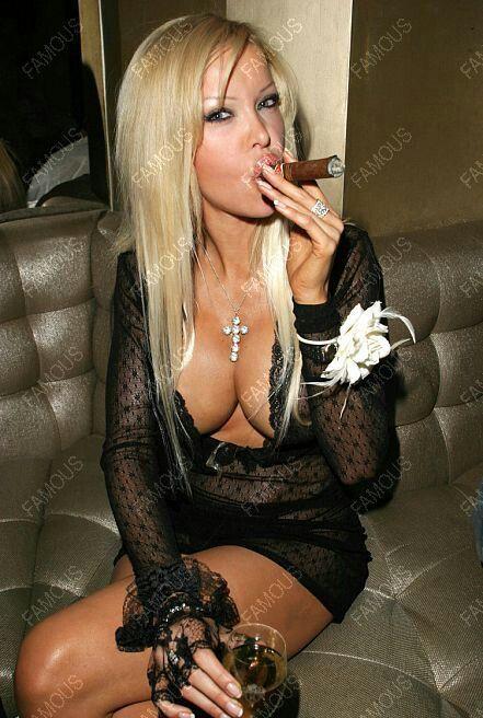 black women smoking nude