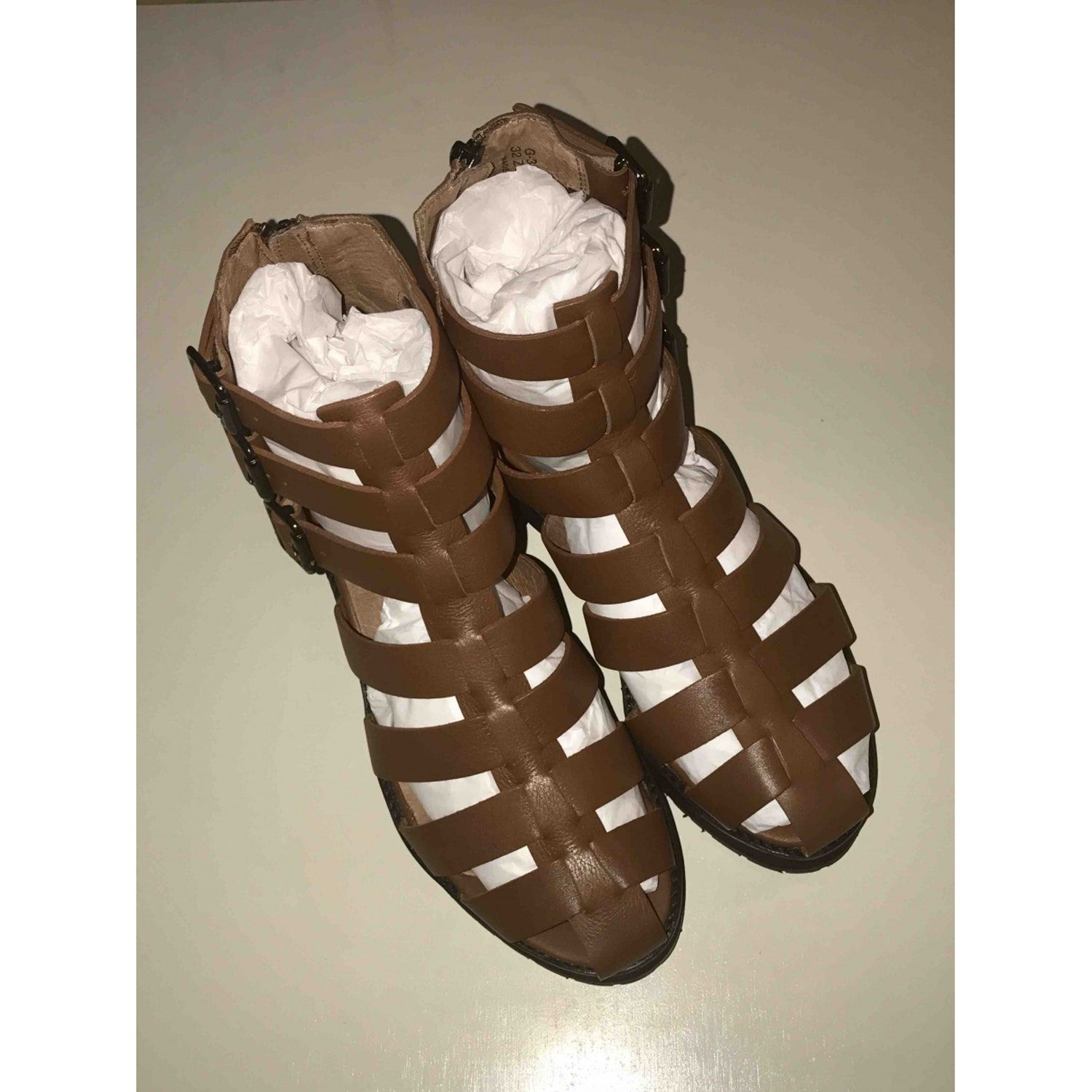 Leather sandals brown size 5 uk in leather
