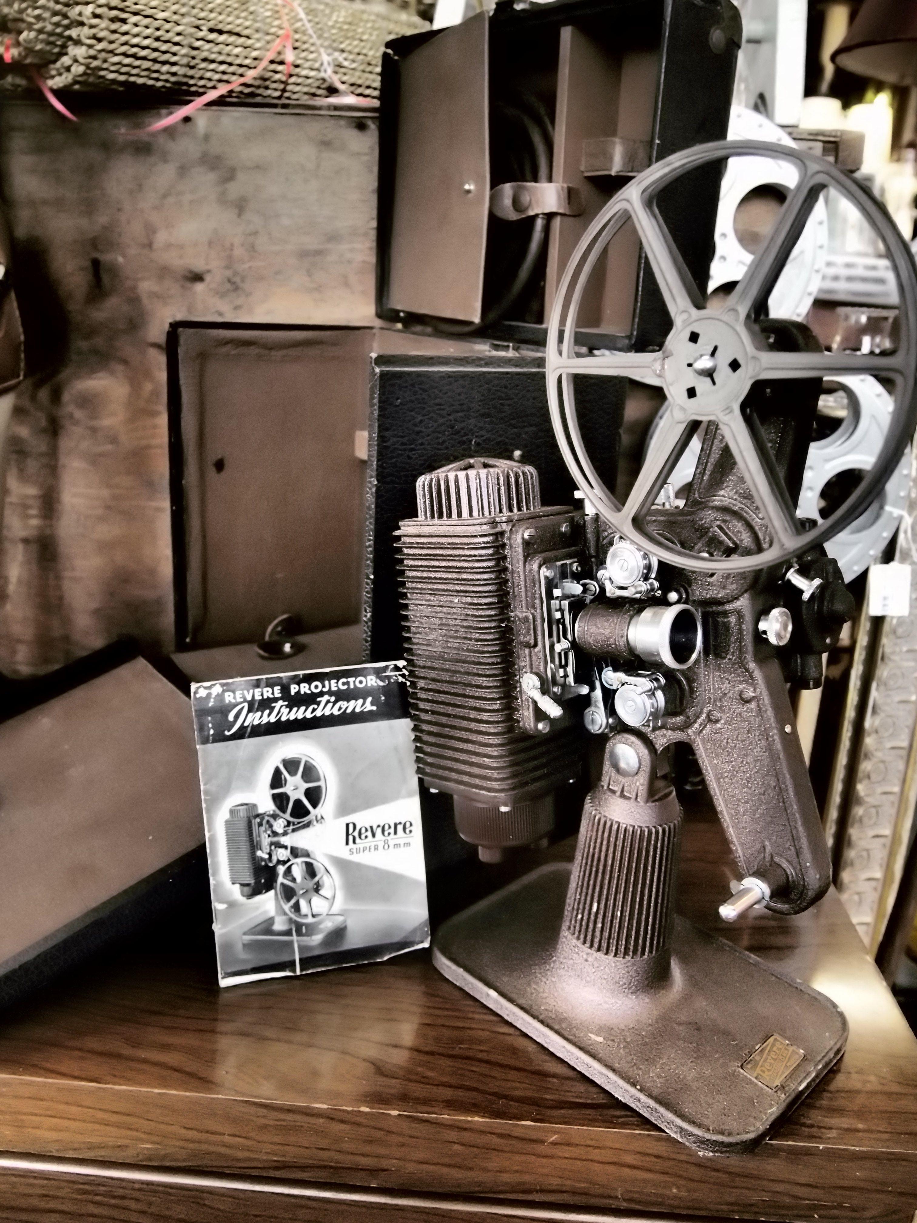 vintage film projector projecteurs de cin ma pinterest cin ma projecteur et film. Black Bedroom Furniture Sets. Home Design Ideas