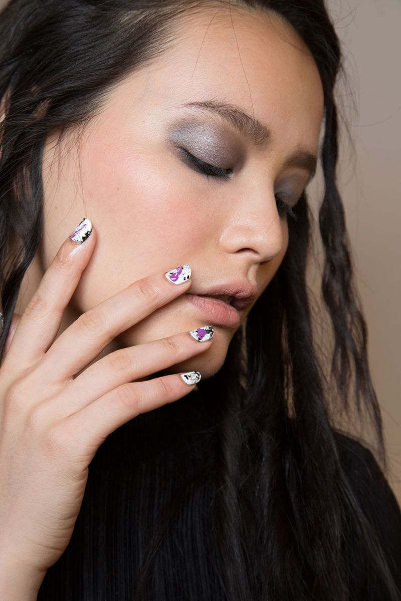 The 13 Coolest Nail Ideas for Spring 2016 | Spray painting, Spring ...