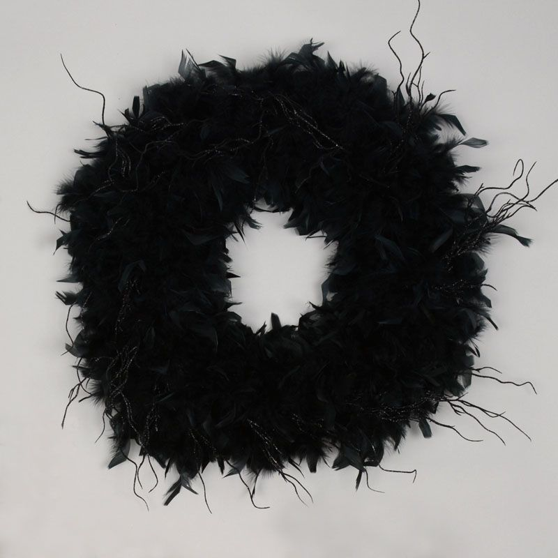 Haunted Feather Wreath with Feather Boa - 1 step, takes 2 minutes!