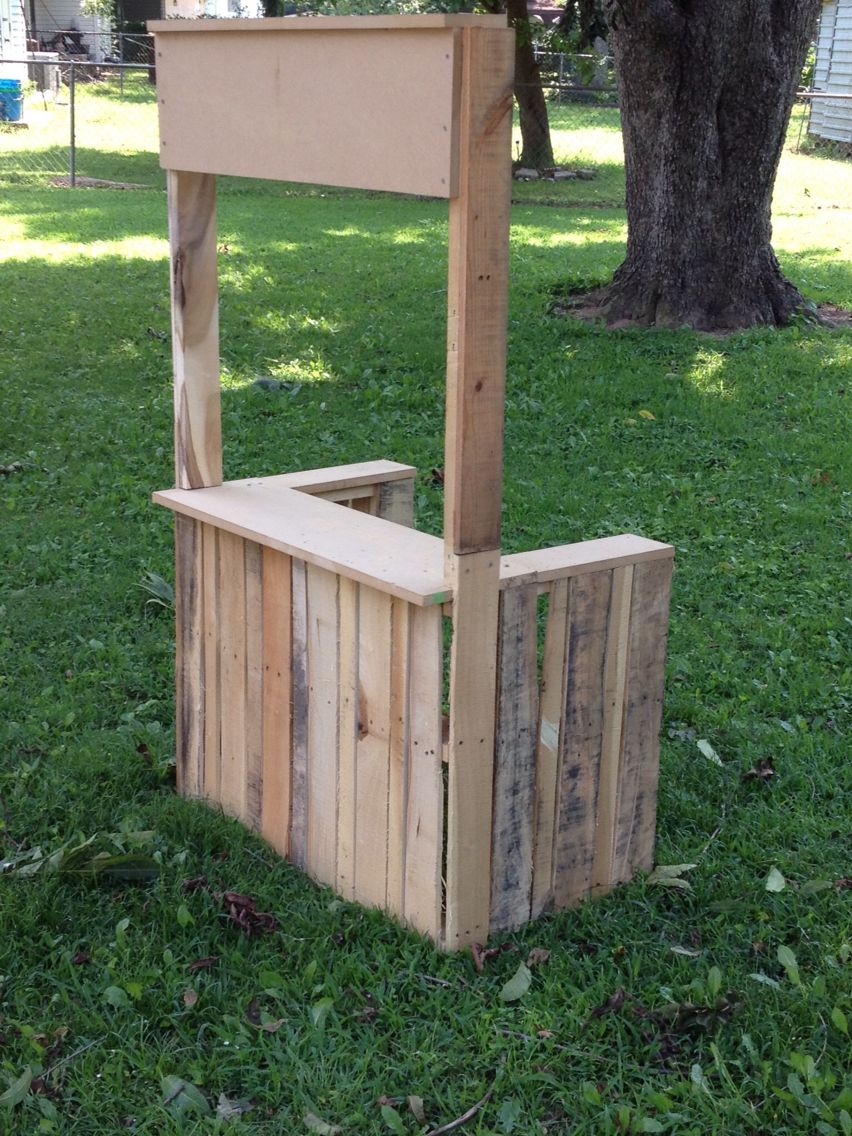 pallet lemonade stand photo props pinterest lemonade