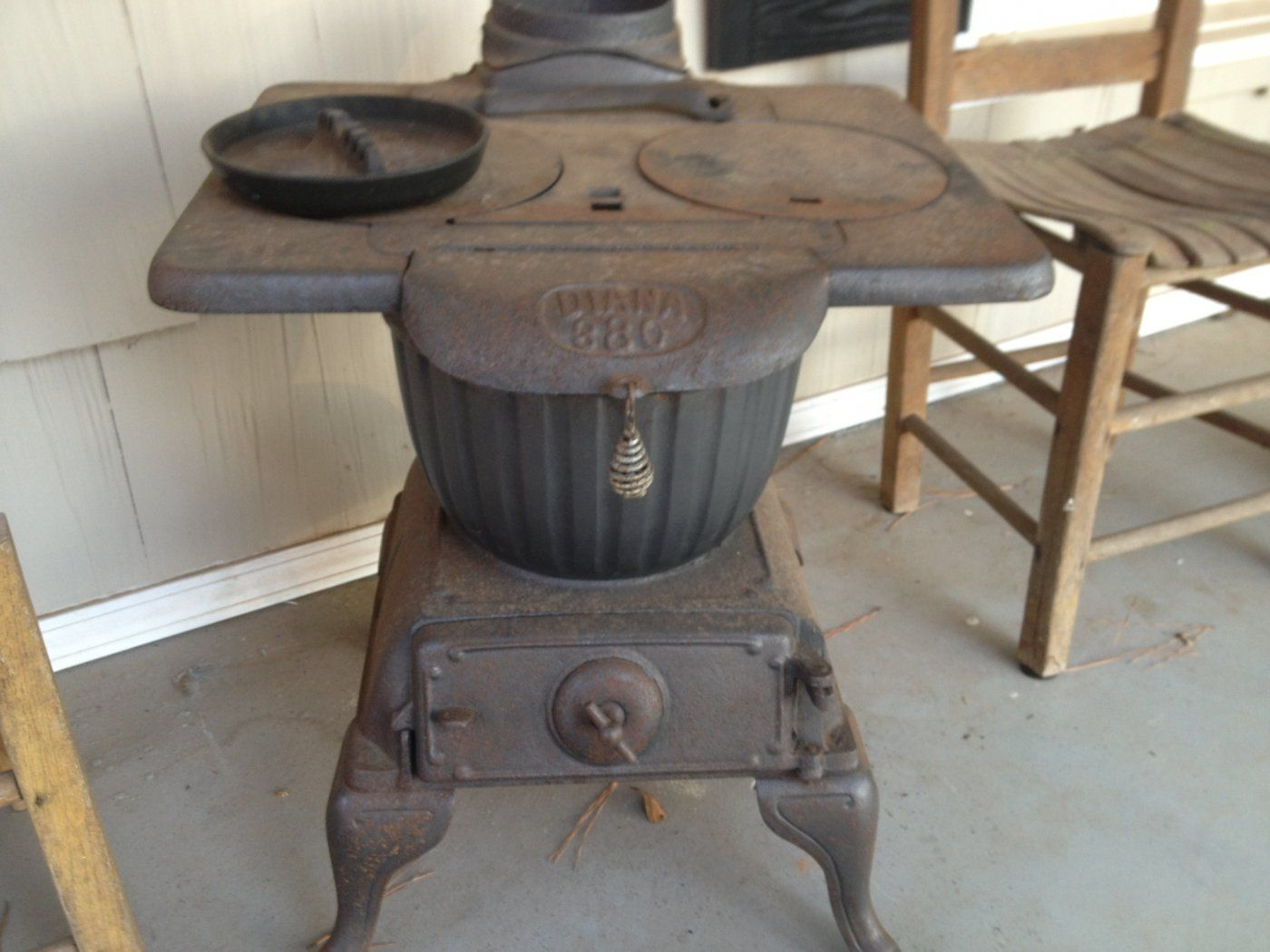 Image 2 Acme Cast Iron Laundry Stove