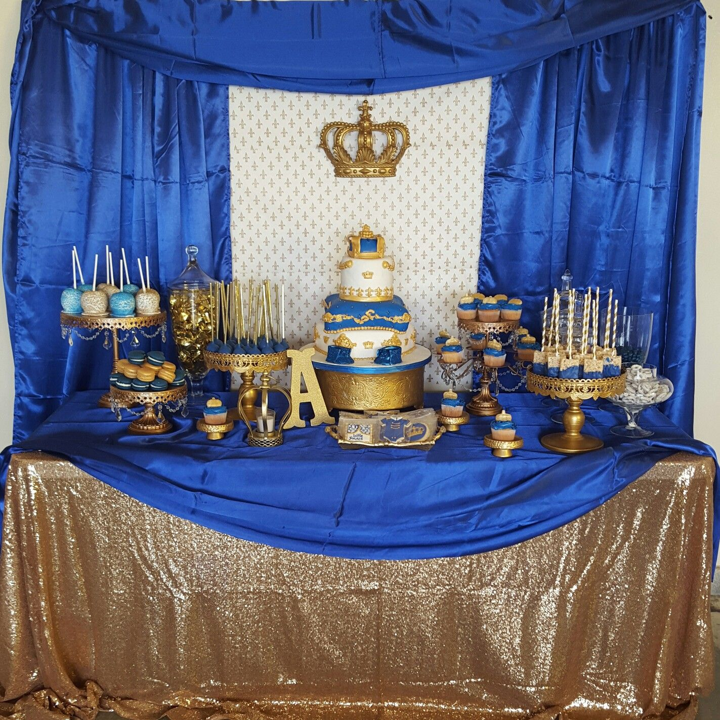 Royal prince baby shower. Royal prince dessert table | Baby ...