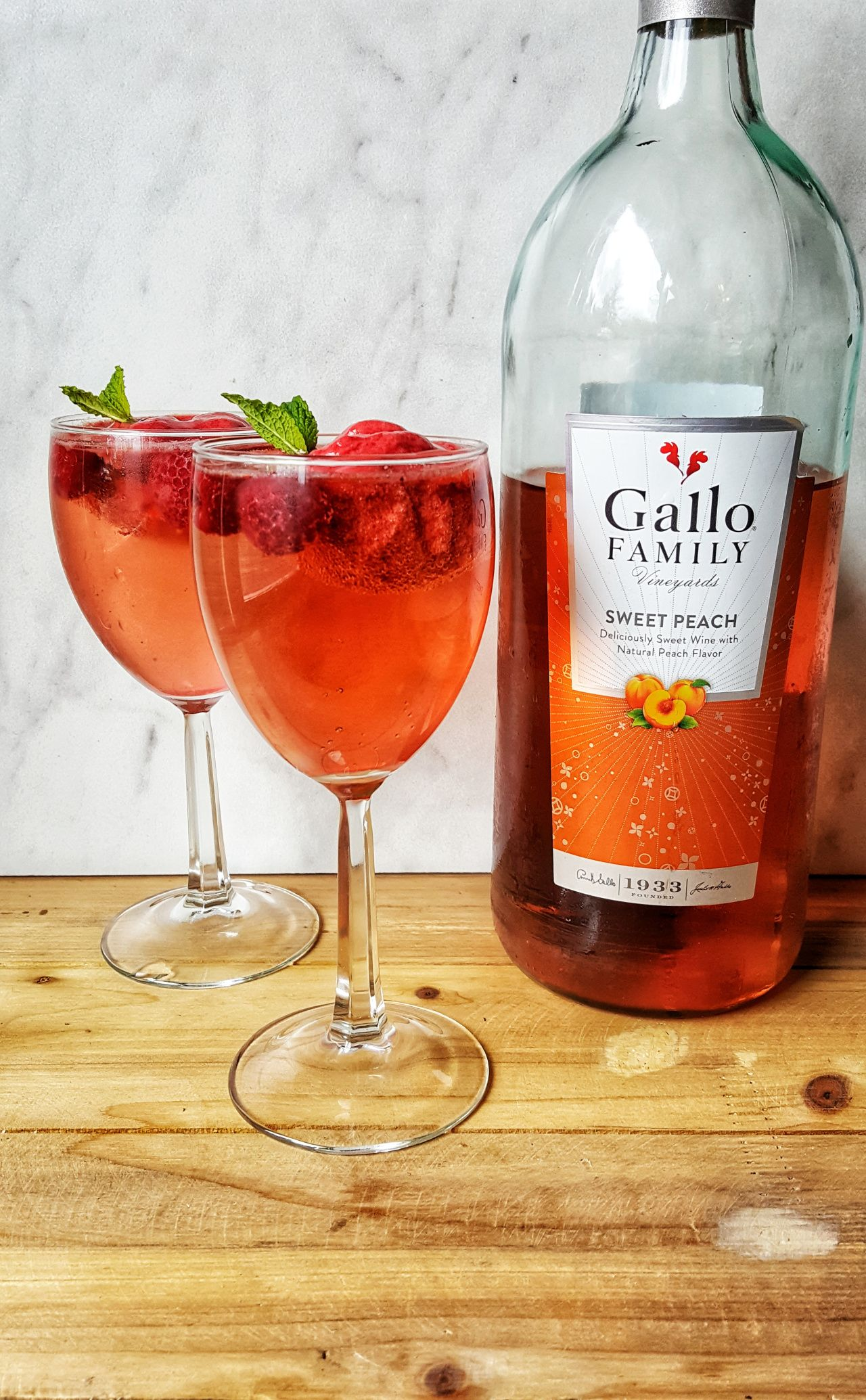 Infinitywar Inspired Sparkling Peach Mind Stone Wine Float Cocktail Wine Float Peach Wine Mixed Drinks Cocktails