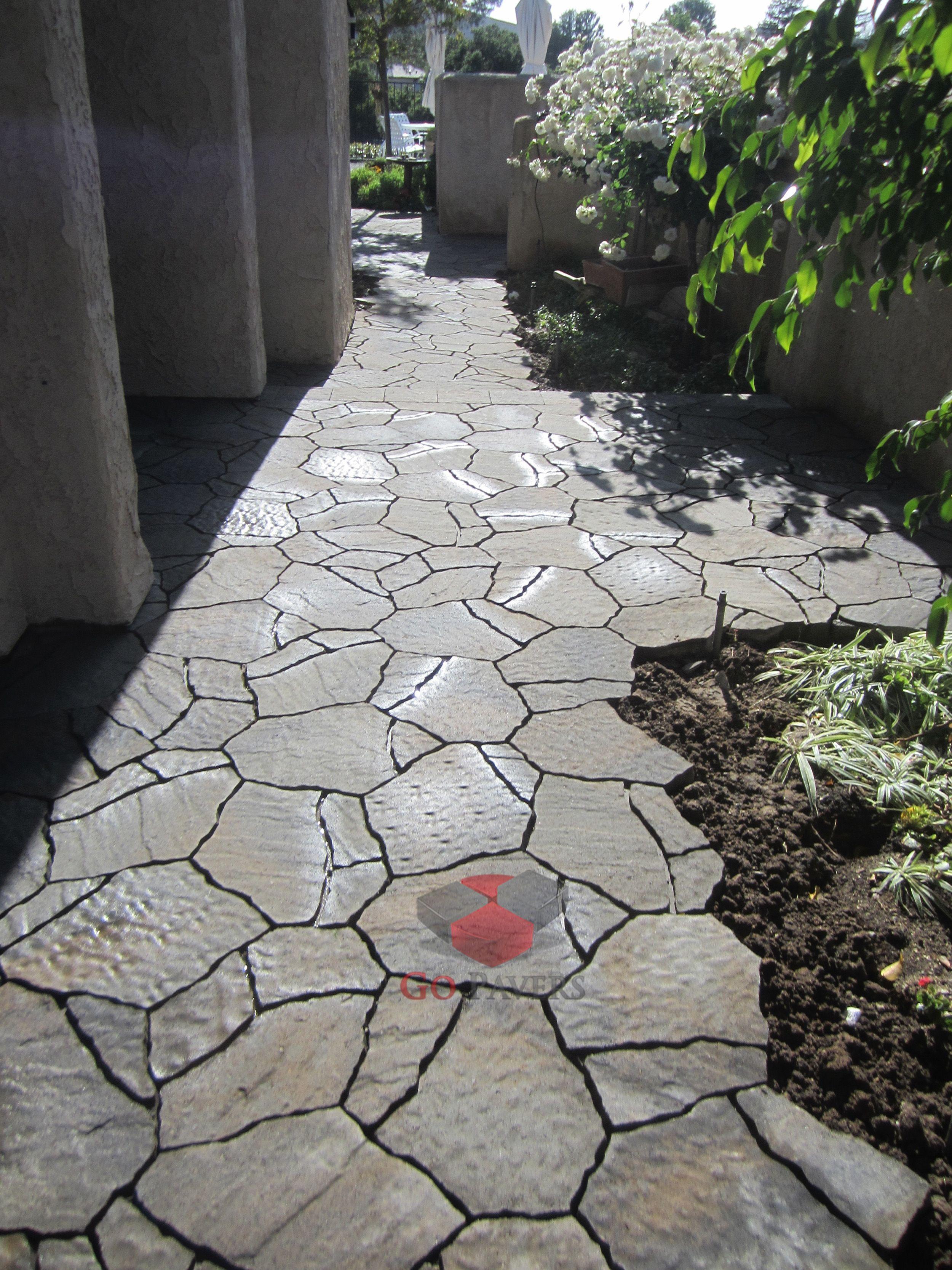 Thousand Oaks Walkway Belgard Mega Arbel Pavers Victorian Color Gopavers