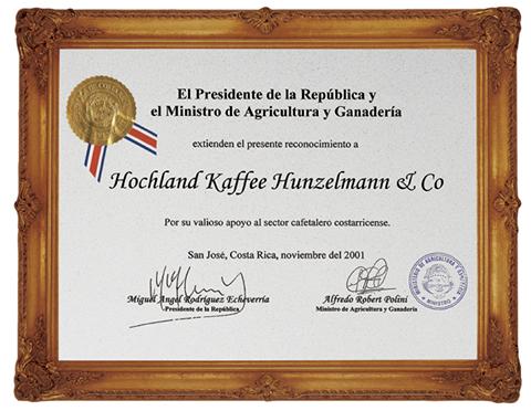 2001 erhält Hochland Kaffee als einzige deutsche