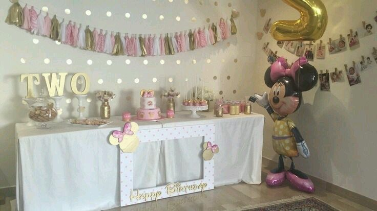 Minnie mouse en dorado y rosa cumple minnie y cumplea os for Decoracion de cumpleanos rosa y dorado