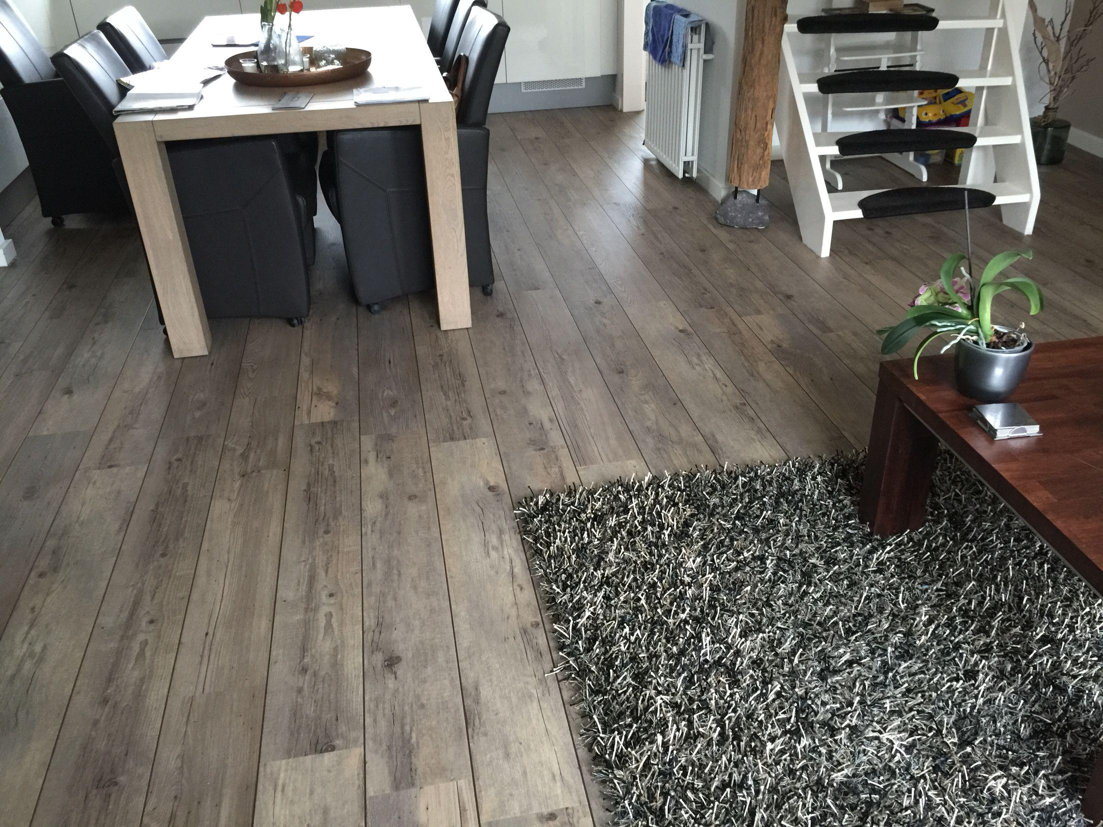 Pvc Vloeren Deventer : Mflor pvc vloer shade met bruine bies!! de vloer van het jaar