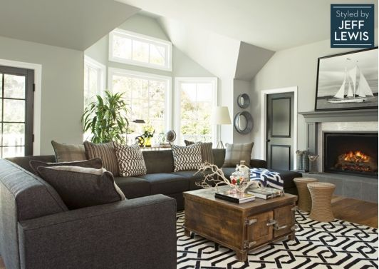 Gorgeous Living Room With Patterned Area Rug Living Room