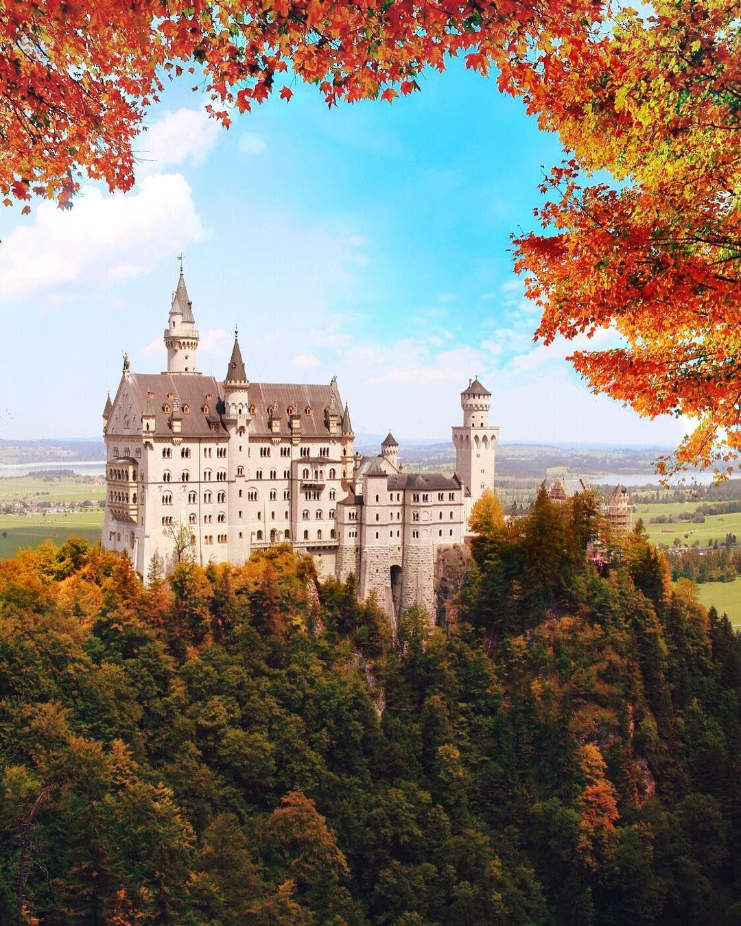 Um Alle Sehenswerten Orte In Europa Einmal Zu Sehen Wurde Ein Leben Vermutlich Nicht Ausreichen Diese Orte G In 2020 Schone Orte Castle In The Sky Deutschland Burgen