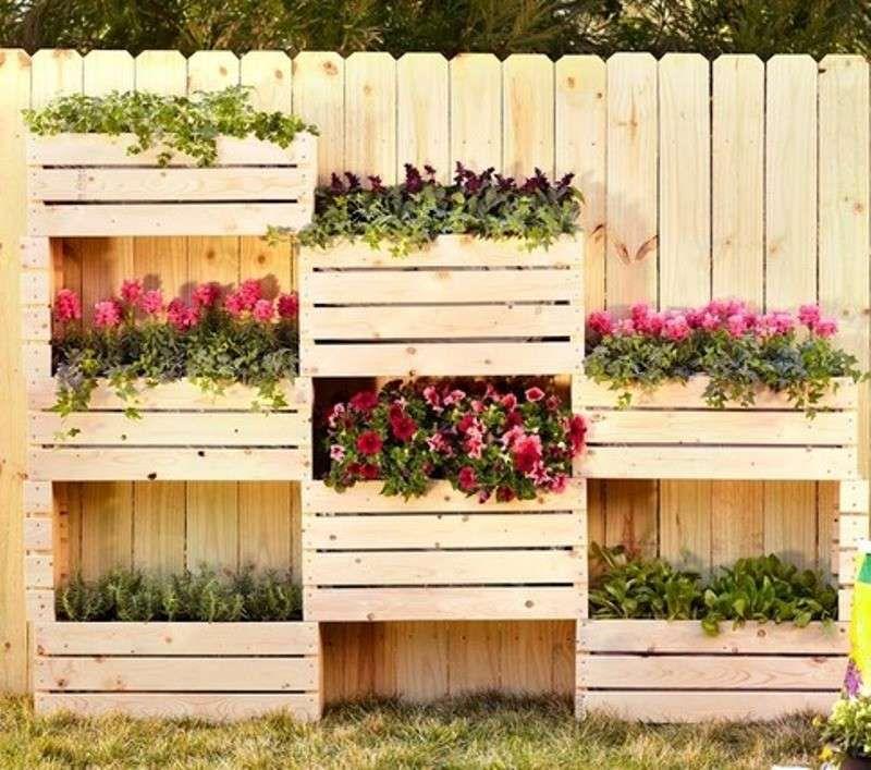 Orto per terrazzo con cassette riciclate cassette di legno pinterest giardino orto e - Recinzione terrazzo ...