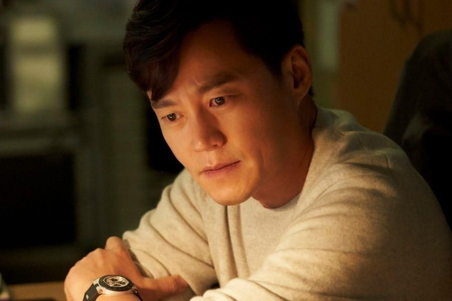 "3 Reasons To Look Forward To Lee Seo Jin's Acting Return In New OCN Mystery Drama ""Times"""