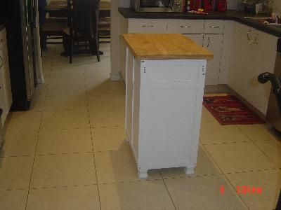 Here is the Mainstays Kitchen Island Cart from Walmart which ...
