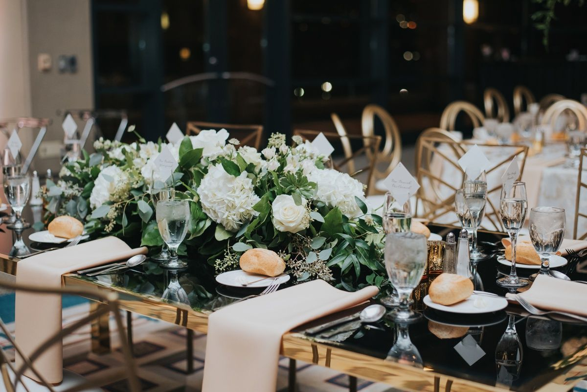 Classic Contemporary Wedding At The Duquesne Power Center In 2020 Contemporary Wedding Contemporary Wedding Decor Beautiful Wedding Centerpiece