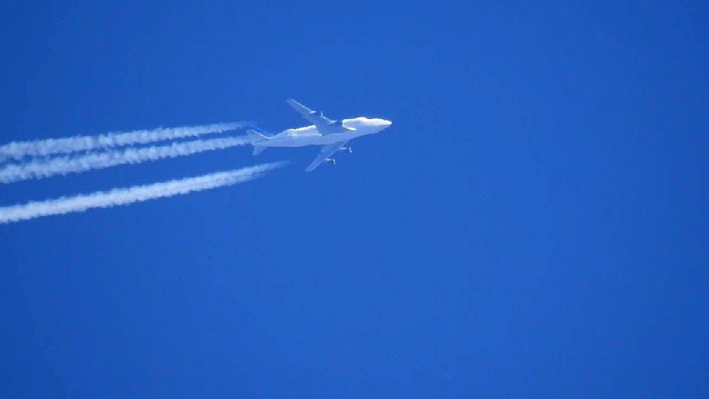 Boeing 747 Dream Lifter At 35000 feet videos Pinterest - boeing aerospace engineer sample resume