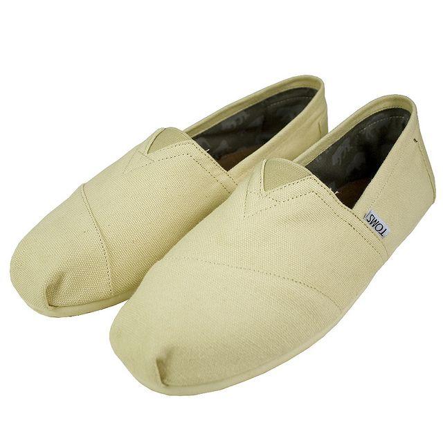 Toms canvas shoes, Toms shoes