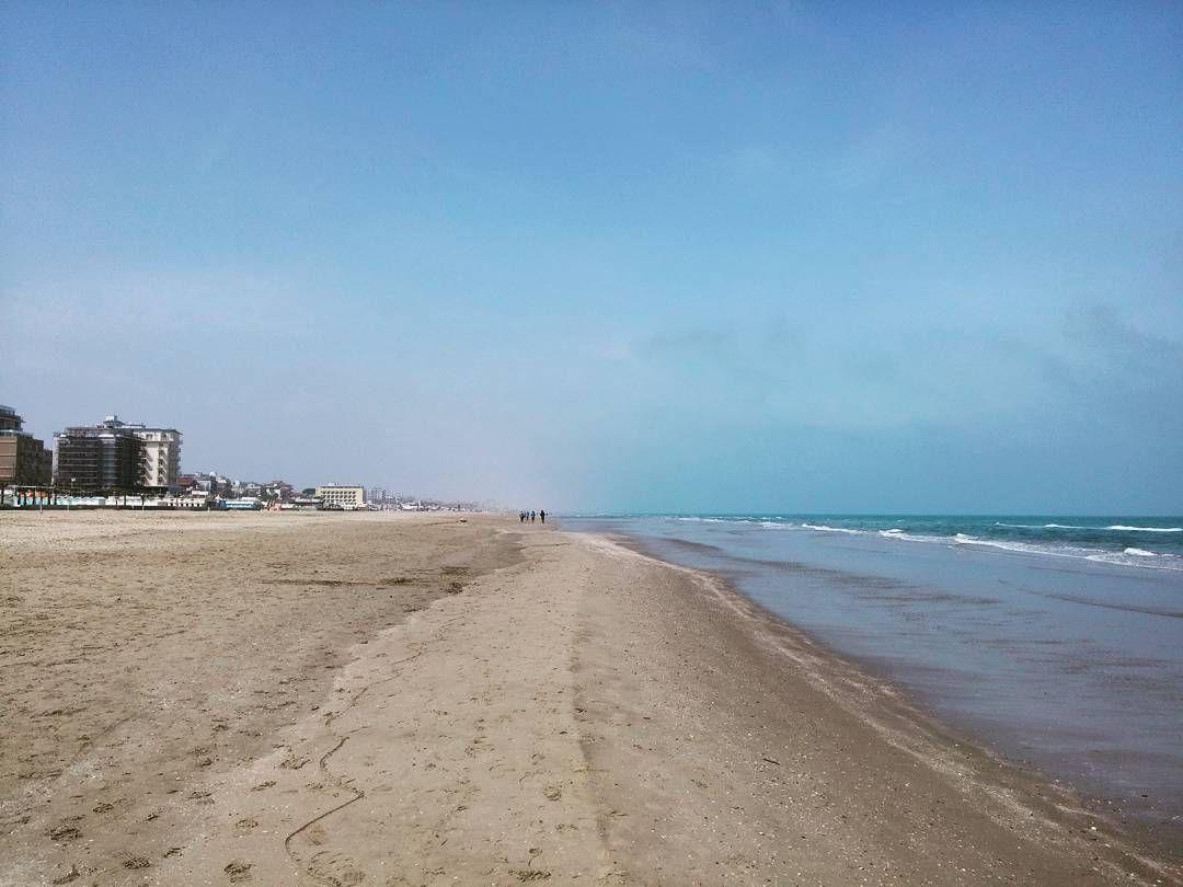 Pausa pranzo al mare  Primaveraaaa  #Riccione #myriccione #vivorimini #vivoemiliaromagna #springtime #spring #primavera #turismoer by summer21_6