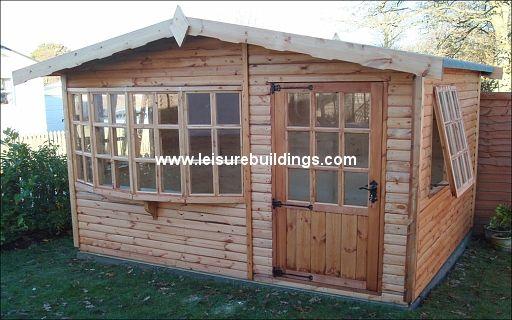 12ft x 10ft Leyland summerhouse in T&G Loglap cladding