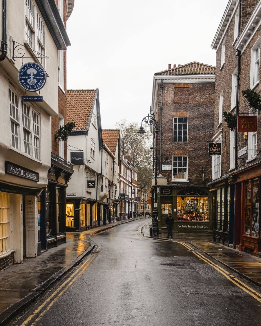 York city break. What to see, where to eat and what to do in one of the prettiest cities in England. - KATYA JACKSON