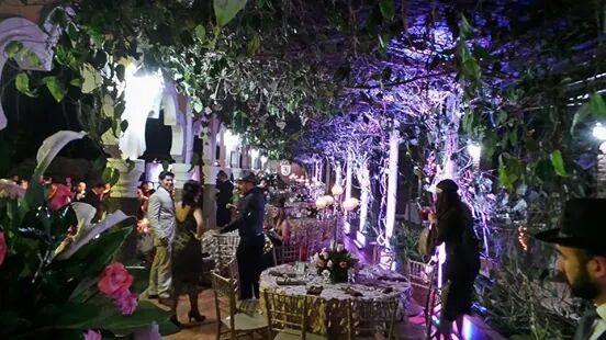 Manteles De Pétalos Candelabro De Cristales Great Gatsby Wedding