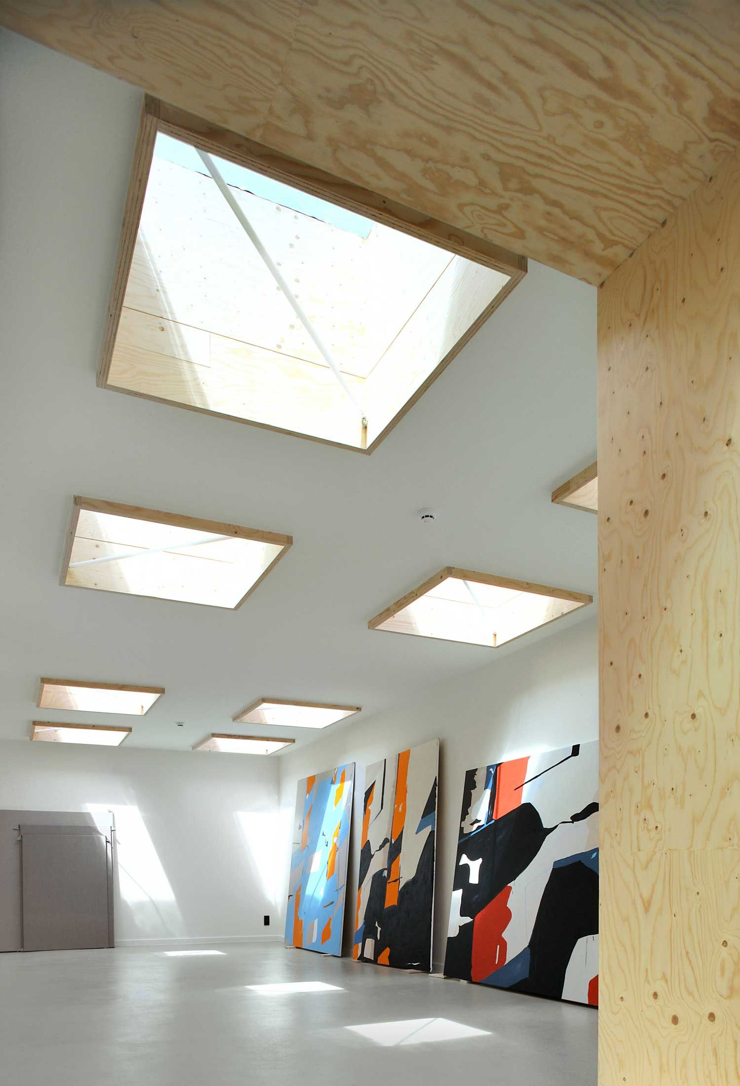 Studio Koen van den Broek by Tijl Vanmeirhaeghe & Carl Bourgeois | Yellowtrace