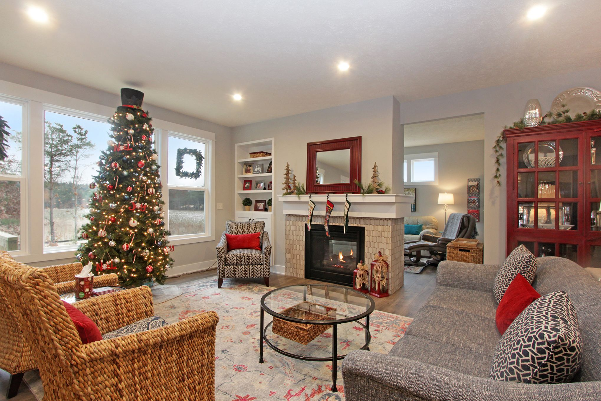 See this beautiful Christmas Maxwell home by Eastbrook Homes #home🏡 #homestyleinspo #homestyledecor #anythingthatsparkles #Landscaping #YardWork #HouseEnvy #InteriorStyling #MichiganHomes #WestMichigan #Holland #homegoals #lovelyinterior #EastbrookHomes #EastbrookExperience