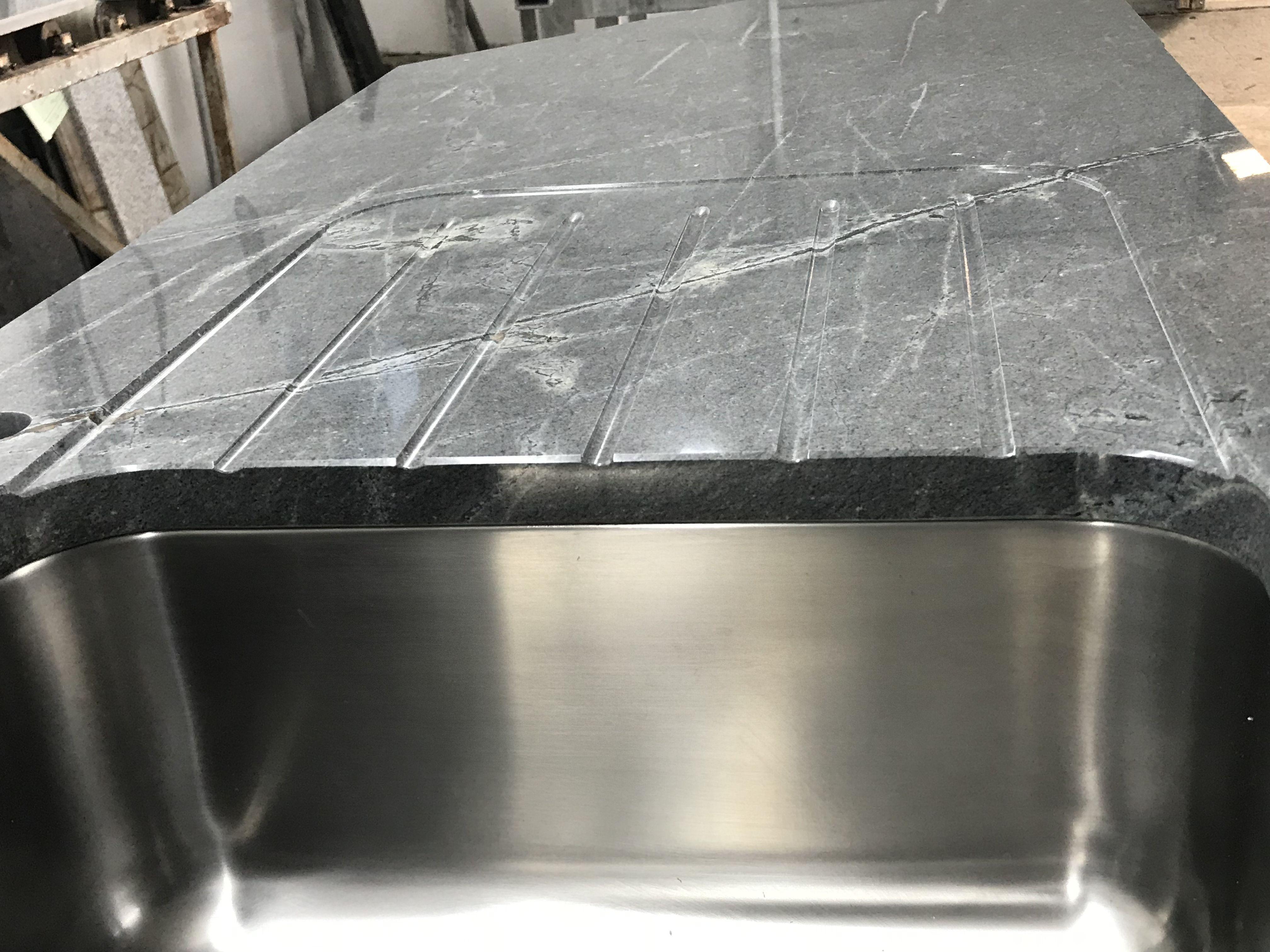 Stein Kuchenarbeitsplatte Countertops Granitecountertops Granitarbeitsplatte Abtropfrillen Granit Arbeitsplatte Kuchenarbeitsplatte Steinmetz