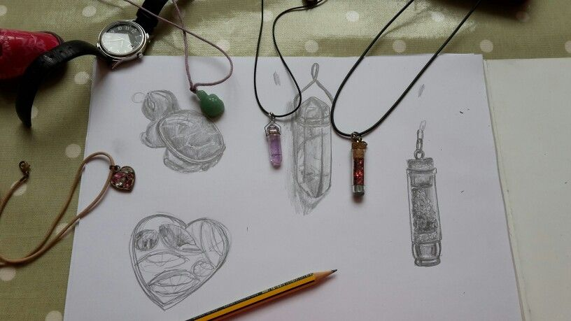 Drawing necklaces