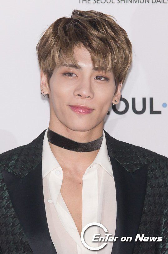 Can You Identify The Idol Just By The Placement Of Their Moles Koreaboo Shinee Jonghyun Shinee Jonghyun