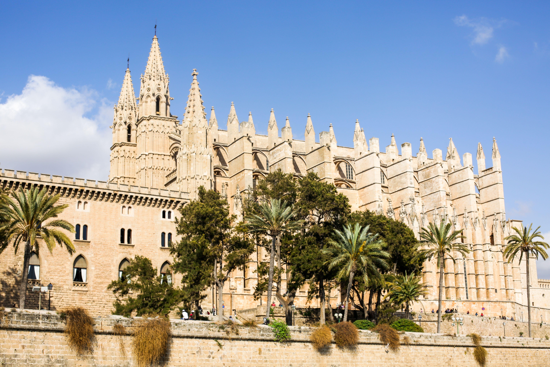 Cathedral In Palma De Mallorca Palma De Mallorca Ferienhaus Mallorca Mallorca Urlaub