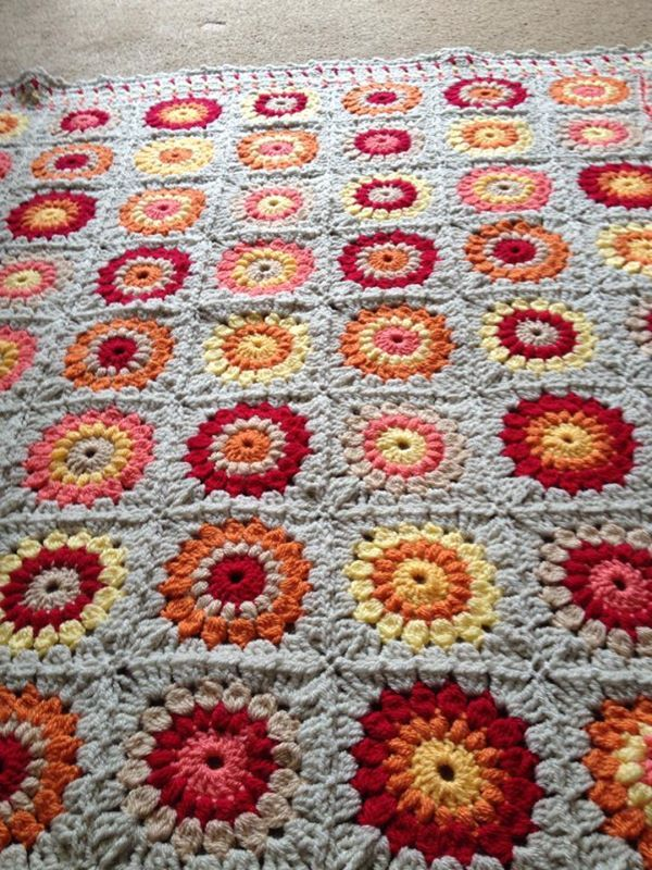 Suzanne Reed sent in this gorgeous sunburst blanket made with ...