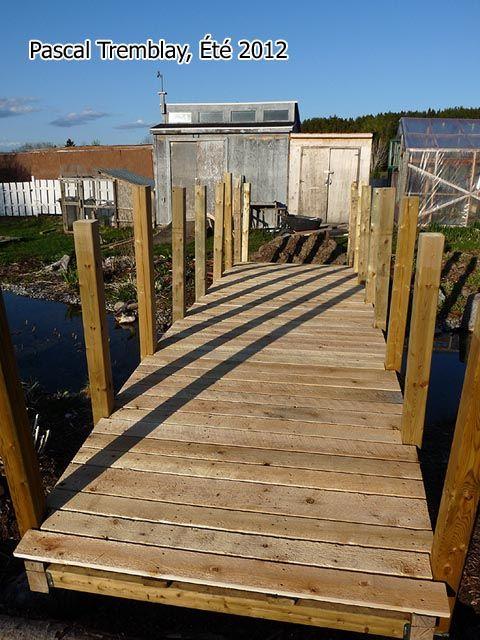 Handcrafted Cedar And Redwood Garden Bridges   Free Woodworking Plans   How  To Make A Garden Bridge
