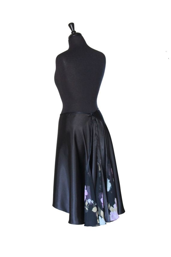 Simply elegant design. A solid color of this skirt and multicolored ...
