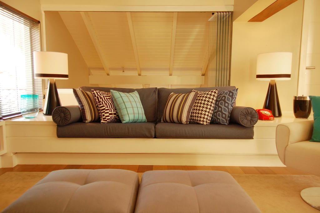 Bia sofá de alvenaria laqueado  sala  alvenaria  Pinterest