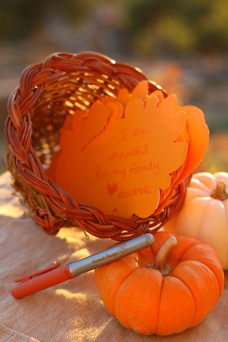 Looking for a Thanksgiving centerpiece that everyone can contribute to? Here is ours... BIC Mark-It™ Month of Merry Marking Thanksgiving Cornucopia #HarvestOrange #BICMerryMarking AD
