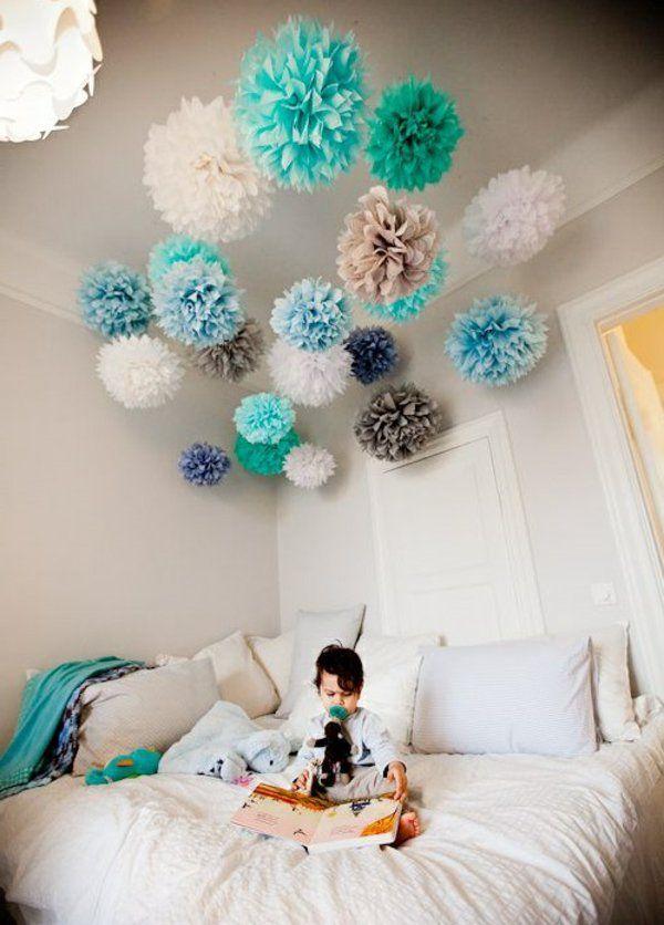 Attraktiv Kinderzimmer Dekorieren Farbige Pompoms Basteln Aufhängen