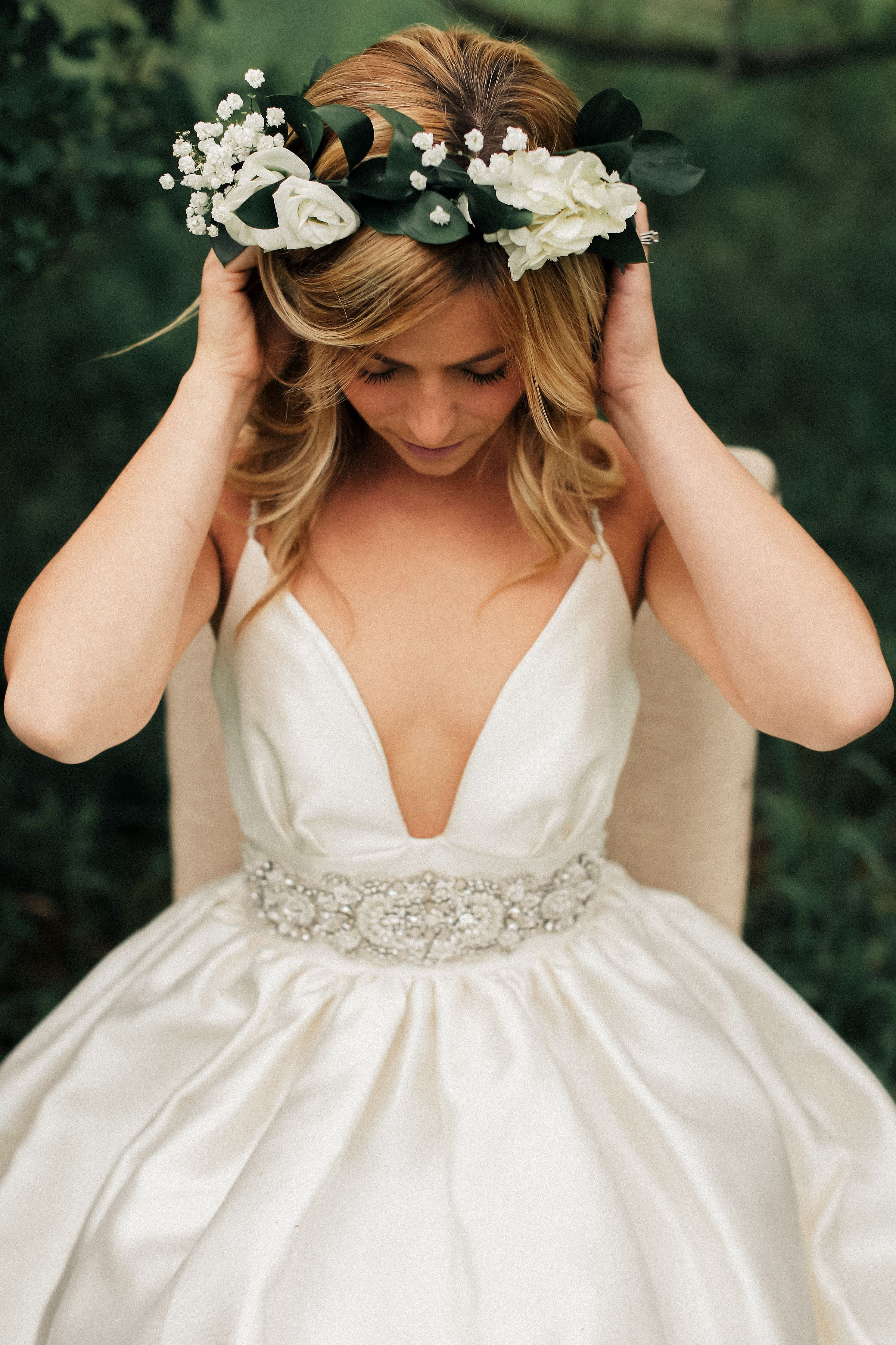 Boho inspired bridal shoot in west michigan featuring a gorgeous boho inspired bridal shoot in west michigan featuring a gorgeous white flower crown with real flowers beautiful wedding hair and wedding style izmirmasajfo